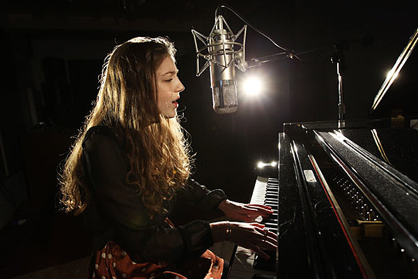 Birdy Without A Word Song Review