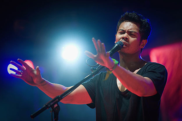 Temper Trap Trembling Hands Song Review