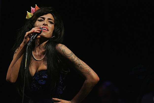 Amy Winehoues