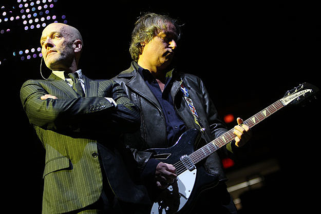Michael Stipe, Peter Buck