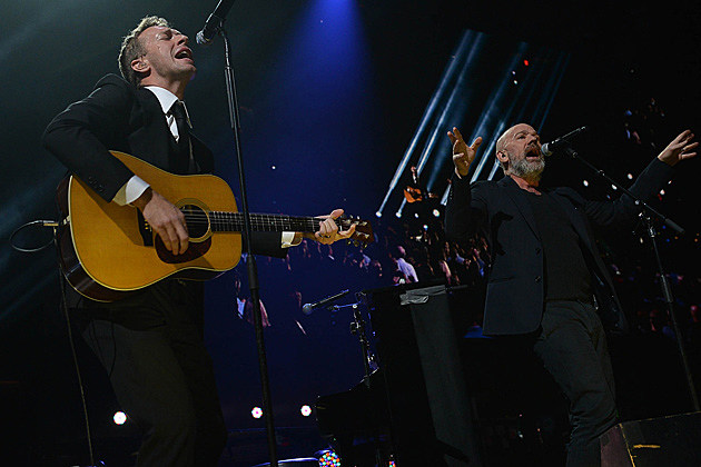 Chris Martin, Michael Stipe