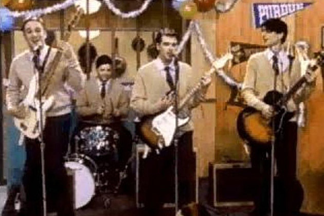 Weezer Buddy Holly Video