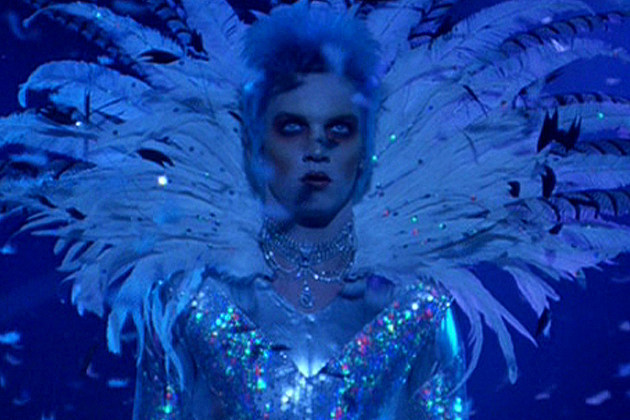 see the cast of �velvet goldmine� then and now