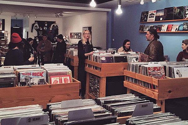 interview with a record store owner Interview celebrating 40 years of schoolkids records: an interview with owner stephen judge when did you first shop at a schoolkids store.