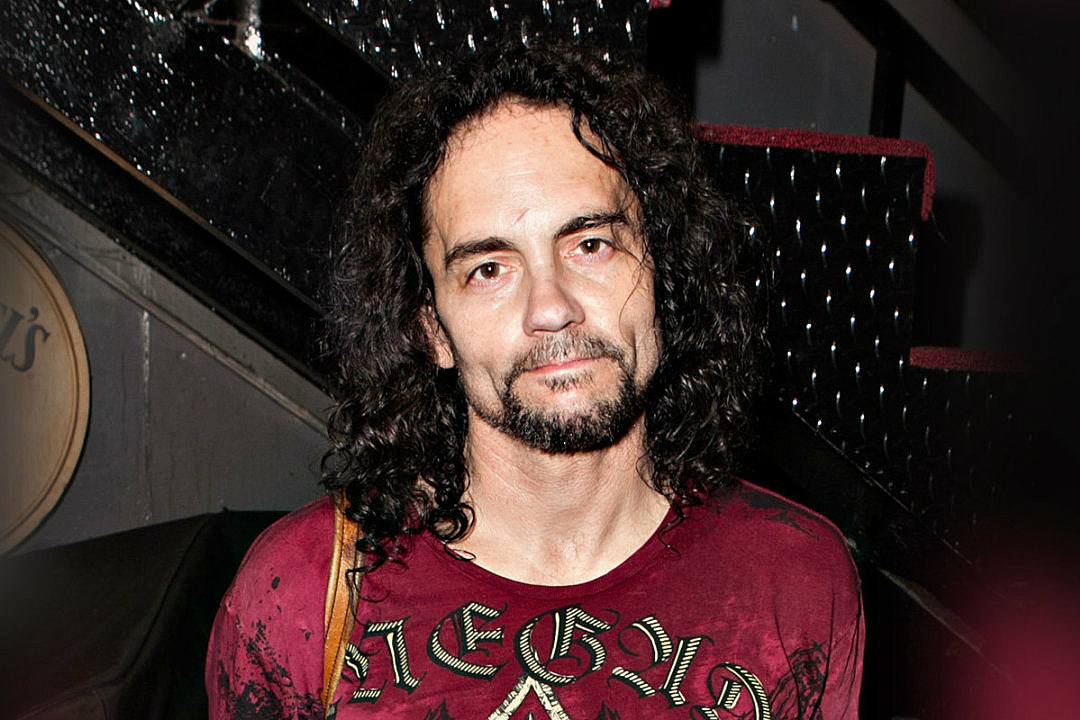 Longtime Megadeth Drummer Nick Menza Dies After Collapsing Onstage