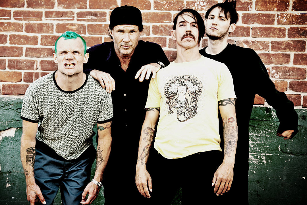 Red Hot Chili Peppers Get Spacey in the Title Track From Their Upcoming Album 'The Getaway'