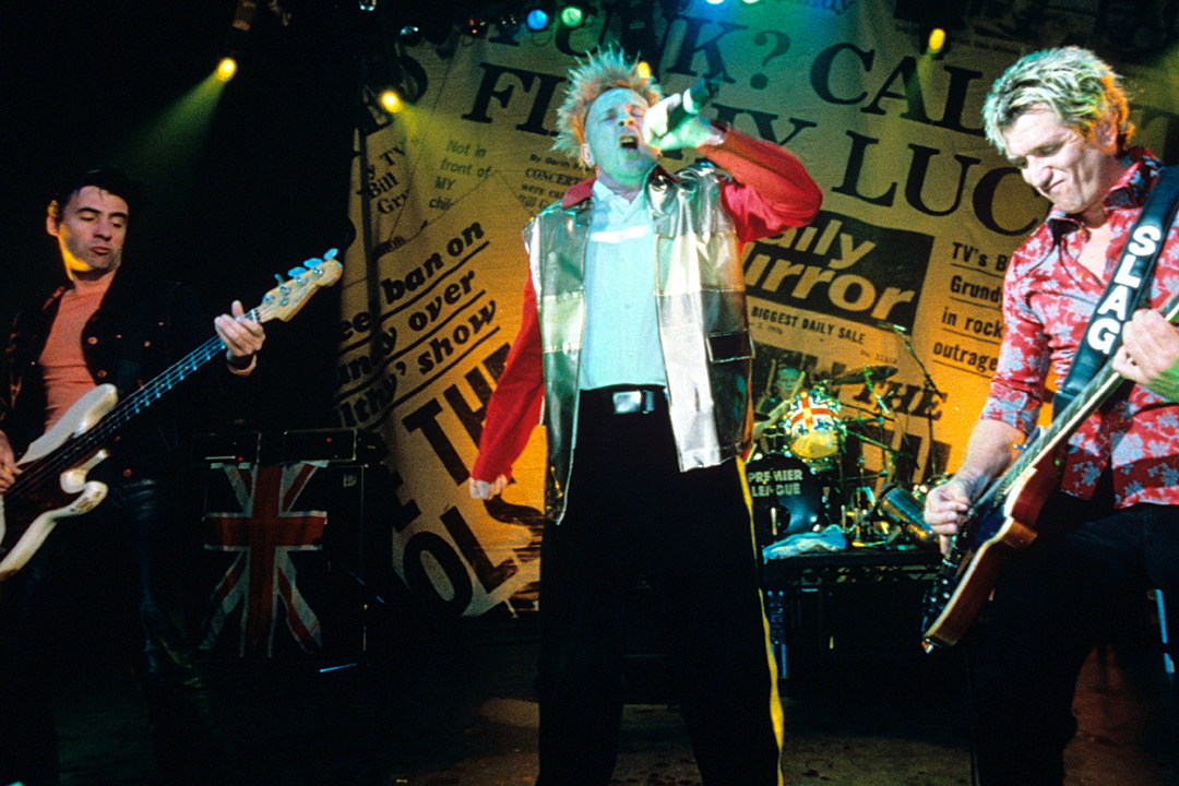 20 Years Ago: Sex Pistols Kick Off Reunion Tour