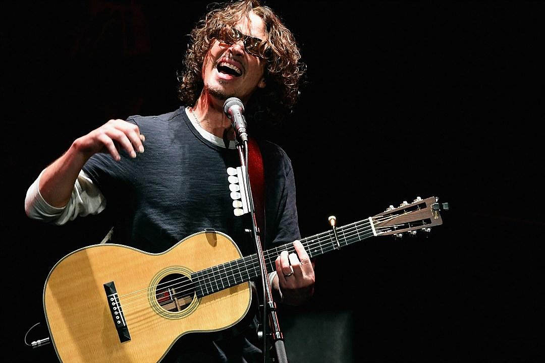 Chris Cornell fans hold vigil outside Detroit concert venue